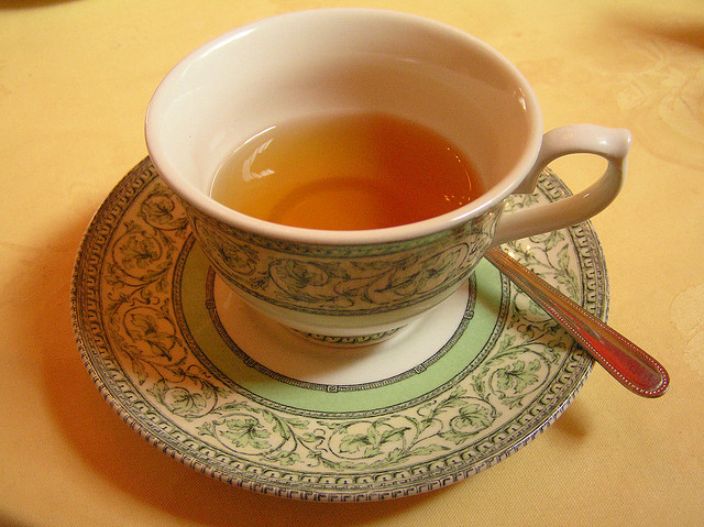 A cup of tea is the ultimate British comfort! (credits: Laurel F., http://bit.ly/1wD0a45)